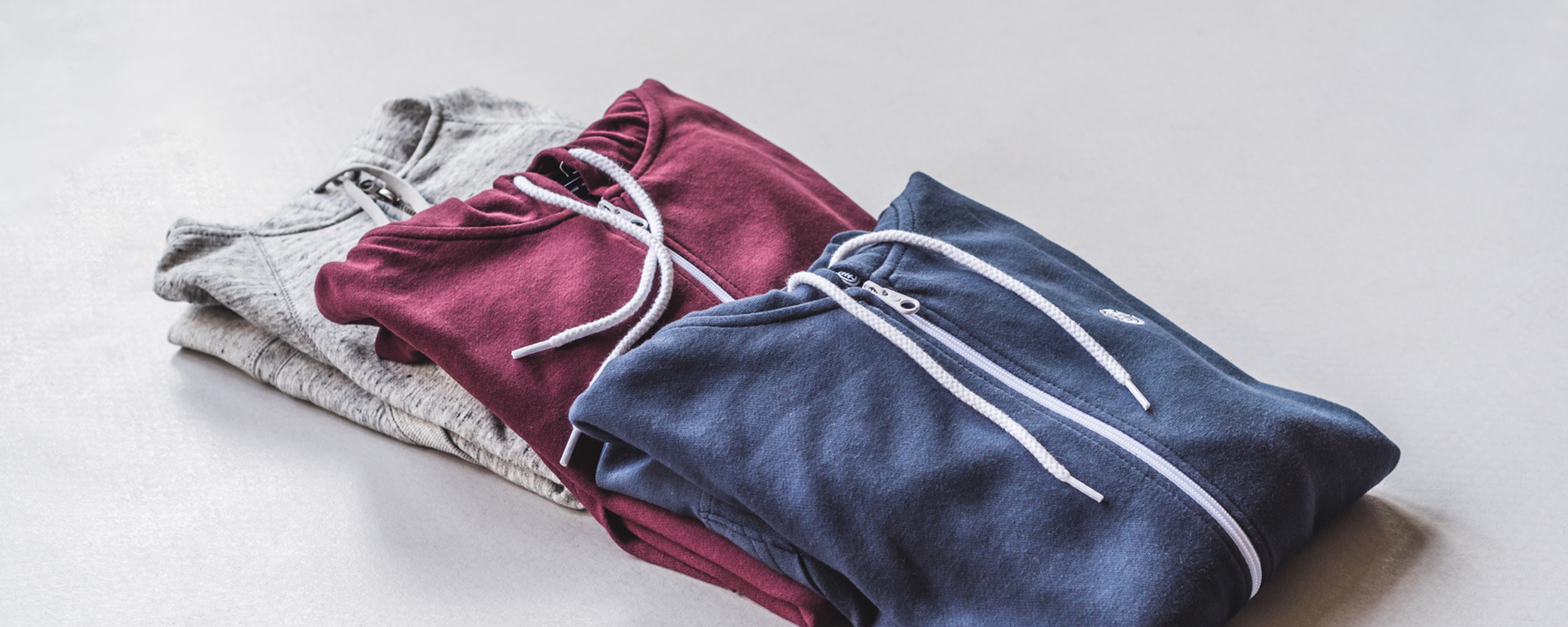 Element Cornell Zip Hoodies in Navy und Napa Rot
